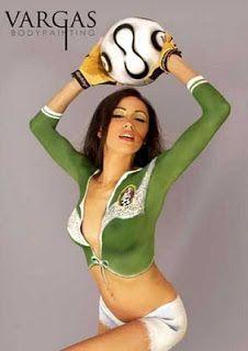 Body Painting Soccer balls Women