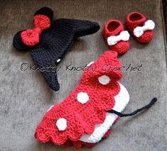 Knotty Knotty Crochet: cappello Minnie Little Mouse, scarpe e gonna set pattern LIBERO