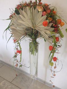 Best 12 Jan Aartsen of Gregor Lersch workshop Art Floral, Deco Floral, Beautiful Flower Arrangements, Floral Arrangements, Beautiful Flowers, Modern Floral Design, Flora Design, Flower Show, Flower Art