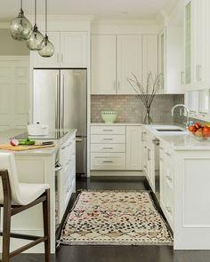 Small Kitchen Layout. Small Kitchen Layout Ideas. Small kitchen Cabinet Layout. Small kitchen Island Layout. #Smallkitchen #Layout #SmallkitchenLayout Jennifer Palumbo.