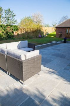 Grey patio slabs decks 69 ideas for 2019 Concrete Slab Patio, Outdoor Patio Pavers, Patio Slabs, Outdoor Patio Designs, Paved Patio, Patio Flooring, Backyard Patio, Outdoor Decor, Outdoor Spaces