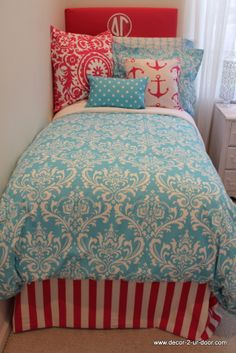anchor delta gamma custom bedding perfect for dorm or recruitment tours! you can select your own fabrics