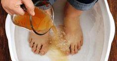 Kąpiel stóp – Starożytna chińska metoda, która pozwala oczyścić całe ciało z toksyn poprzez stopy.