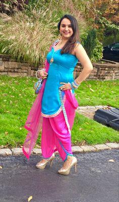 Punjabi Salwar Suits, Patiala, Today India, Satin Saree, Stylish Jeans, Plain Tops, New Look, Sexy, Designer Dresses