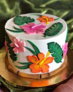 Hawaiian Party Cake, Hawaiian Birthday Cakes, Themed Birthday Cakes, Themed Cakes, Luau Party, Luau Cakes, Party Cakes, Cupcake Cakes, Cupcakes