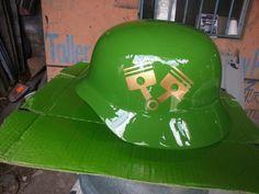 Helmet memecub