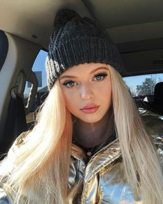 Ombre 2 Tones Light Brown to Ash Blonde Synthetic Lace Front Wig Long Natural Straight Blonde Full Head Wigs Half Hand Tied Ash Blonde, Blonde Balayage, Blonde Highlights, Loren Grey, Gray Instagram, Peinados Pin Up, Make Up Braut, Synthetic Lace Front Wigs, Celebs