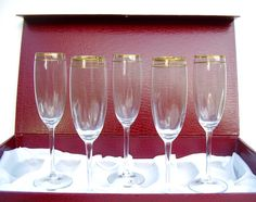 Vintage Wine Glass Flutes Set Gold Band Italy by OceansideCastle