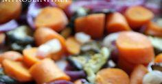 """Oggi un post veloce con ricetta """"di famiglia""""   che ci aiuterà a conservare più a lungo i sapori ed i colori estivi.   La ricetta di questa..."""