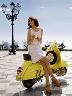 Alejandra Alanso for Manor Summer 2013 Collection/ Scooter/ Vespa Piaggio Vespa, Lambretta Scooter, Scooter Motorcycle, Vespa Scooters, Gas Scooter, Scooter Girl, Vespa Girl, Vintage Vespa, Motos Vespa