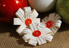 Christmas Gift Wrapping Bows - Bag of Six Small Eco-Friendly Gift Toppers $5.75. I could do this with buttons.
