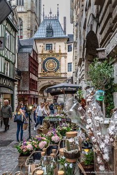 Rouen, France – A Travel Guide to Normandy's Most Beautiful City - Travel Photography Most Beautiful Cities, Beautiful Places To Visit, Beautiful Beautiful, Places Around The World, Around The Worlds, Places To Travel, Places To Go, Belle Villa, Rouen