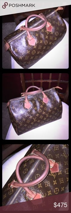 """Authentic Louis Vuitton Speedy 30 Authentic Louis Vuitton Speedy 30 in Classic Monogram Canvas; 11.8"""" x 8.3"""" x 6.7""""; Zip Closure; Rounded Handles and Trimmings in Natural Cowhide Leather; Previously Loved, and Well-Worn, this is Still a Classic, Ladylike Handbag Despite it's Imperfections; No Lock, Key, or Dust Bag; Tab has been replaced, but original will be Included; Zipper Works; There are a Few Hairline Cracks Along the Zipper Line, but Not on the Trim Itself; The Interior has Numerous…"""