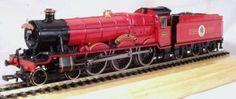Harry Potter Bachmann 'The Sorcerer's Stone' Hogwarts Express HO Scale Train Set