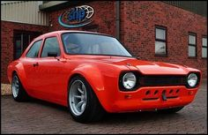 Ford Escort bit hotter than the one I had! Escort Mk1, Ford Escort, Ford Rs, Car Ford, Ford Motor Company, Pimped Out Cars, Ford Motorsport, Cars Uk, Race Cars