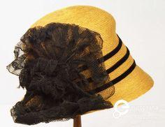 Title   Cappello femminile modello cloche. | Manifattura ignota  Cappello femminile modello cloche. | Manifattura ignota
