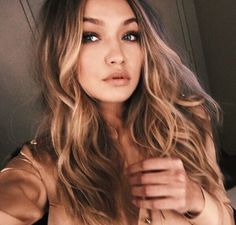 """""""hey im gigi. i love traveling. im a model so i've been to most continents."""" i smile. """"im very fun and i always have a smile on my face. introduce?"""""""