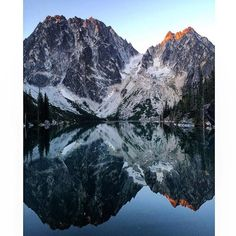 A spectacular view of Colchuck Lake, in the Wenatchee National Forest. This alpine gem can be accessed by an eight mile round trip hike, starting at the Colchuck Lake trailhead. Located near Leavenworth, less than three hours from Seattle.  @jayetothefaye  We want to share your outdoor adventures too! Use the hashtag #usoutdoor to get your photos featured on our feed. #regram #colchucklake #centralcascades #camping #swimming #hiking #outdoorproject #mountains #lakes #summer #funtimes #8mile