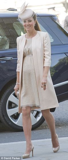 Kate Middleton pregnant with baby George 2013