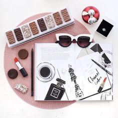 Estou adorando produzir fotos no estilo flat lay e para compartilhar mais sobre essas fotos e das dicas criei um perfil no instagram coolflatlays!