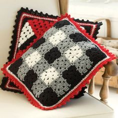 Plaid Pillow in Red Heart Super Saver Economy Solids - LW2129. Discover more Patterns by Red Heart Yarns at LoveCrochet. We stock patterns, yarn, hooks and books from all of your favorite brands.