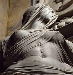 """""""Modestia"""" de Antonio Corradini La tela grabada en la piedra es espectacular"""