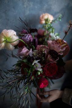 Sultry Dark Floral Wedding Ideas to Spice Things Up - MODwedding