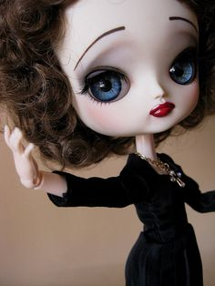 Edith Piaf doll. I need this and if I can't it; I'll make it.