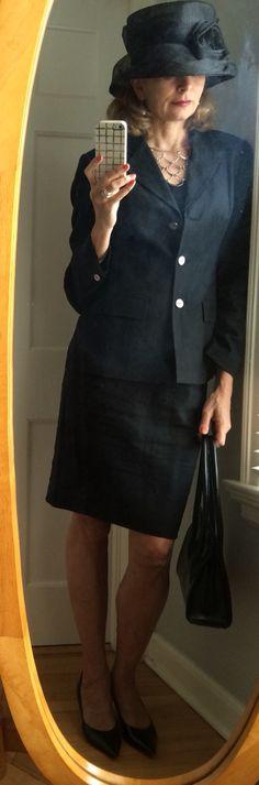 Dressing over fifty-- black linen suit, black hat, silver necklace