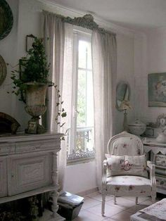 Lovely shabby room.... saved by Antonella B.Rossi
