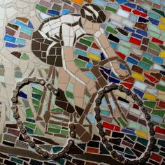Race to the finish- close up- by TomatoJack Arts. Bicycle chain, slate, ceramic and vitreous mosaic tile