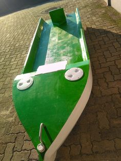 Boat Projects, Diy Boat, Small Boats, Poker Table, Fishing Boats, Kayaking, Building, Sweet, Outdoor Decor