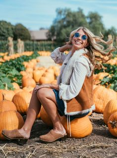 UGG Guide to Halloween Costumes: The 70's are in, so put all the retro pieces you already own (like your flares, denim skirts, and lace-up tops) together and take this trend to the level with our KASSI clogs and a shearling VEST or COAT.