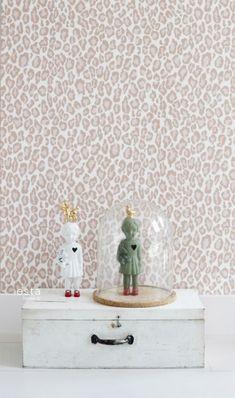 wallpaper leopard print peach pink #FAB 128821 #behang #Tapete #papier peint #wallpaper #papel pintado #papel tapiz #carta da parati #panterprint #perzikroze #leopardprint #peachpink #Panthermuster #Pfirsichrosa #impriméléopard #Rosepêche #stampadileopard #rosapesca #leopardprint #rosamelocotón #ESTAhome.nl  #Marrakech#slaapkamer #Schlafzimmer #domitorio #chambre à coucher #Camera da letto #bedroom #babykamer #Babyzimmer #dormitorio bebe #chambre bébé #camera da letto bimbi #nursery