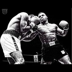 "1,305 Likes, 1 Comments - 👊🏽Boxing_legends💯 (@showtime_fights) on Instagram: ""#mike#miketyson#ironman#ironmike#ironmiketyson#tyson#champ#champion#legend#lengendary#body#sixpack#inspiration#motivation#motivated#beautiful#picoftheday#pic#great#fit#fitinspiration#fitness#hardwork#work#workhardplayhard#workout#everlast#adidas#follow#strong"""