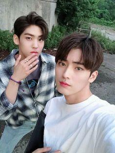 MYTEEN Twitter Update 13-7-2018 Music Words, Smiles And Laughs, Ulzzang Boy, Asian Boys, Handsome Boys, Kpop Groups, Boyfriend Material, Korean Actors, My Boyfriend