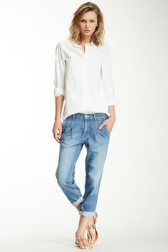 Want California casual chic style in your life? HauteLook has you covered. Denim Fashion, Fashion Outfits, Womens Fashion, Fashion Beauty, Casual Chic Style, Cool Style, Cropped Jeans, Ag Jeans, Casual Outfits