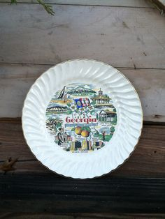 Check out this item in my Etsy shop https://www.etsy.com/listing/169761817/vintage-georgia-souvenir-plate-retro