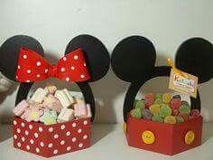 Minnie y Mickey Mouse, fiesta infantil - Dale Detalles Mickey Mouse Clubhouse, Minnie Y Mickey Mouse, Fiesta Mickey Mouse, Mickey Mouse 1st Birthday, Mickey Mouse Parties, Mickey Party, Disney Diy, Decoration Minnie, Theme Mickey