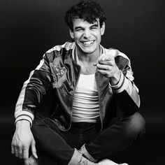 How can one person be this gorgeous! it should be illegal. Alberto Rosende, Shadowhunters Cast, Simon Lewis, Matthew Daddario, Light Of My Life, The Mortal Instruments, Celebs, Celebrities, Hot Boys