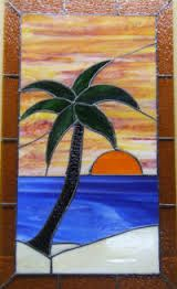 stained glass patterns palm tree - Google Search Stained Glass Panels, Stained Glass Art, Mosaic Glass, Stained Glass Projects, Stained Glass Patterns, Jimmy Glass, Wood Worker, Leaf Flowers, Wood Sculpture