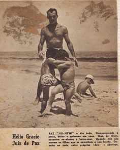 Helio Gracie with little - Reylson Gracie Jiu-jitsu by Reylson Gracie, via Flickr