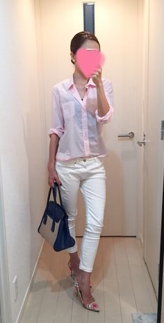 Got through the hot day in pink and white combination! お疲れさま!