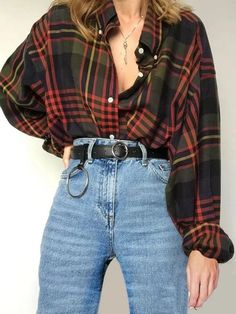 Classical Vintage Plaid Ladies Shirt – Second Hand fashion Indie Outfits, Retro Outfits, Grunge Outfits, Cute Casual Outfits, Fall Outfits, Vintage Outfits, Fashion Vintage, Vintage Clothing, Vintage Dresses