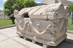 An illegal excavation in the northern Anatolian province of Çorum's which took place in 2012 Sungurlu district has unearthed a 1,900-year-old tomb.   The tomb has been removed from the excavation area by archaeologists and moved into the Çorum Museum for display.