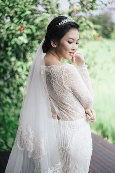 447ddc302c622 Bali lovers will swoon for this authentic rice paddy wedding inspiration in  Ubud