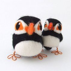 http://cdn3.notonthehighstreet.com/system/product_images/images/001/013/873/original_needle-felted-puffin.jpg?1358355788