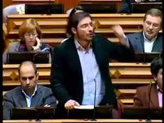 João Oliveira diz tudo o que o governo não quer ouvir em 3 min