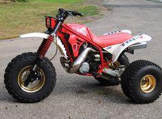 1986 Yamaha Tri-Z.....yes that is my BADASS machine!