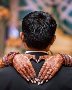 Impressive Wedding Photography Secrets And Ideas. Fabulous Wedding Photography Secrets And Ideas. Wedding Photography Checklist, Indian Wedding Couple Photography, Couple Photography Poses, Bridal Photography, Mehendi Photography, Photography Ideas, Family Photography, Pre Wedding Poses, Wedding Picture Poses